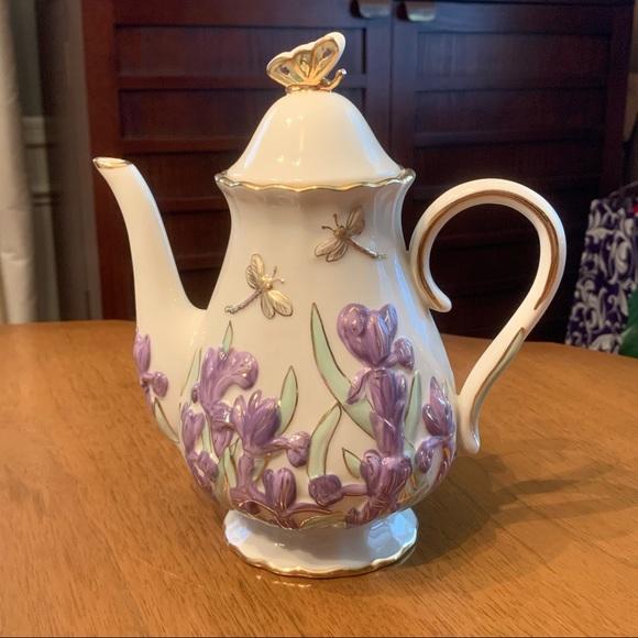 Lenox The Springtime Splendor Teapot